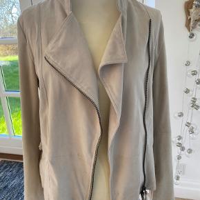 100% real leather/nubuck