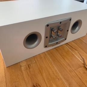 Audiovector KiC standard, 150w centerhøjtaler. Mål (BxHxD): 45x16x26 cm. Bud modtages.