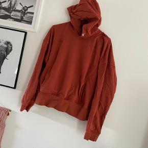 EYDA sweater
