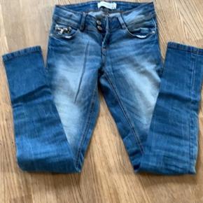 Super gode bukser i str 24