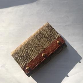 Gucci  Key pouch ✨ / pung ✨  Står 100% ind for ægtheden :)