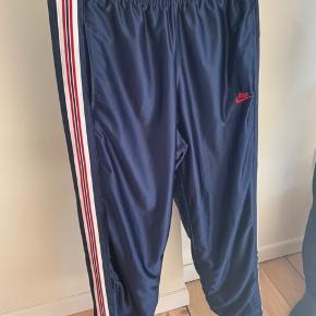 Vintage Nike track pants   #30dayssellout