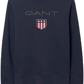Aldrig blevet brugt, da jeg ikke kan passe den. Super sød, GANT sweatshirt, ny pris var 600 kr. byd. Den er blevet vasket en gang, og fra et røg frit hjem