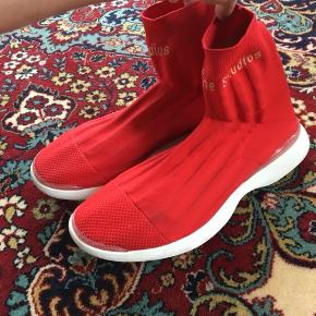 Acne shoes size 41 cond 9 New price 600$ comes without Og