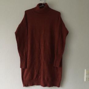 Bordeaux sweater m. højhalset fra Vero Moda, str. M/38-40