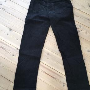 Fede bukser far H&M som jeg ikke længere kan passe.