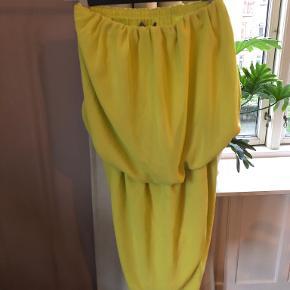 The Wardrobe kjole