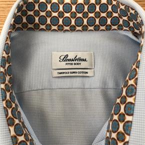 Stenströms skjorte med detaljer, fitted body