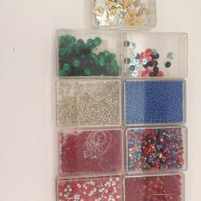 Små perler og pailletter