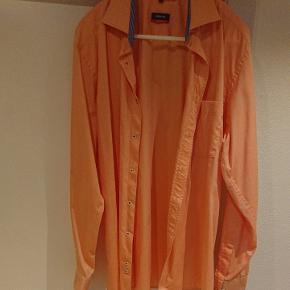 Eterna modern fit ferskenfarvet skjorte med brystlomme 100 % bomuld