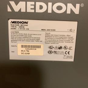 """Medion, MD7212AT, 19 tommer, God  Medion 19"""" computerskærm - opløsning 1280x1024 Strømforsyning og kabel er med Er pakkket i uorginal kasse.  For nærmere informationer om den læs her http://www.medion.com/de/service/_lightbox/handbuch_details.php?did=6340"""