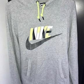 Nike hættetrøje, som ny