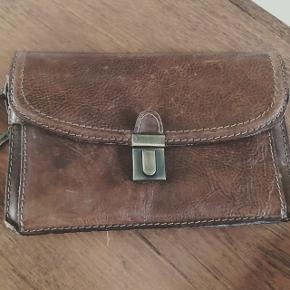Clutch i kernelæder🌸#kernelædertaske #kernelæder #taske #clutch #vintagebag #retrotaske