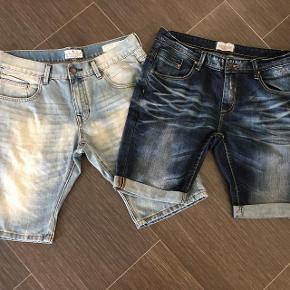 Super udsalg.... Jeg har ryddet ud i klædeskabet og fundet en masse flotte ting som sælges billigt, finder du flere ting, giver jeg gerne et godt tilbud..............  * 2 par helt nye shorts desværre købt for små. Nypris på 299 kr.pr. par * sælges 125 for begge par + forsendelse