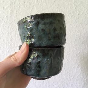 3 lækre håndlavede lysestager i blå keramik 💙 så fine til fyrfadslys, nøgler, smykker og nips  40kr stk byd!