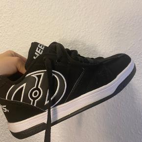 One Vintage sneakers