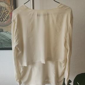 Silke bluse / cardigan  #30dayssellout