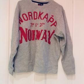 Stanfield Norway trøje, er en str L men vil mere sige det er en str M 😊