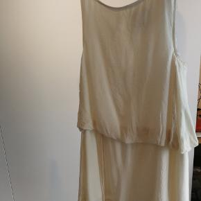 Kjole fra Karen by Simonsen