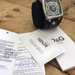 Stor rem og stort ur fra D&G med garanti fra købet i Spanien. Byd!
