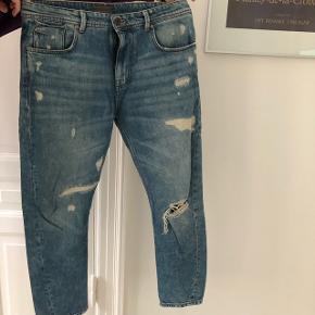 Zara herre bukser str. USA: 32. EUR: 42.