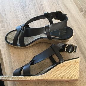 Lækre sandaler. Ubrugte