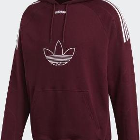 Lækker hoody fra Adidas med stort logo foran.  Style: DU8114
