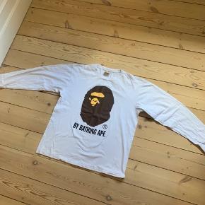 Bape langærmet tshirt, str. xl fitter L, fin stand  Byd
