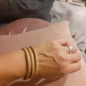 Story armbånd