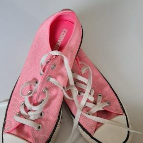 Fede pink converse str 41.