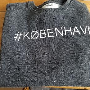 Solid sweater