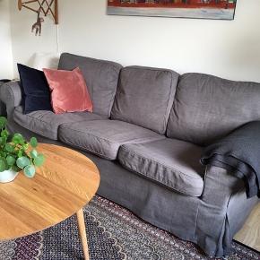 3. personers sofa fra Ikea - har en lille plet på sædet - se billede 2.