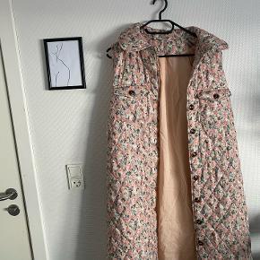 BYIC vest