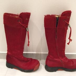 Super flotte røde Bumper støvler i fon stand. Sælges hurtigt ❤️