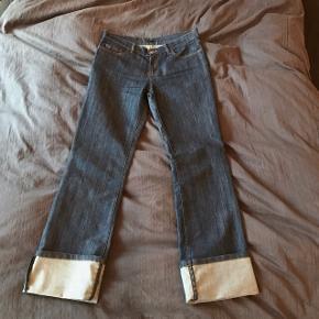 SOLGT  Seje jeans fra Joseph i str 38 (jeg bruger 36 og kan godt passe dem) Sælges da jeg ikke bruger dem🌸🌼