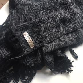 Uld tørklæde lavet af ægte alpaca uld