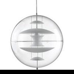 Helt ny Verner panton Globe. Hvid. Ø40cm. Har ikke været pakket ud  Kan afhentes i Ribe eller Kolding
