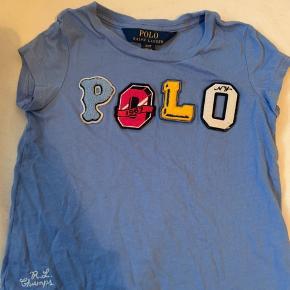 Polo tshirt i blå i str 2 år