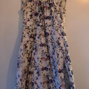 Intown kjole