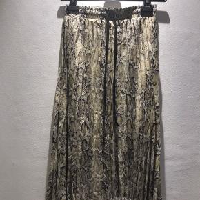 Plizze nederdel