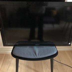 Prosonic tv 24'. Vægophæng medfølger :-)