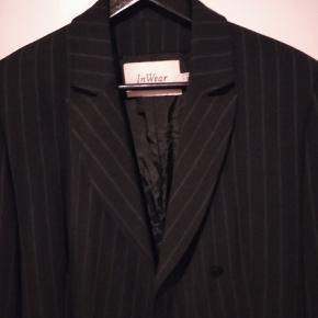 Vintage suit fra InWear. Køber betaler Porto