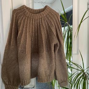 Lækker sweater fra Envii • Str. M • Som ny   🧡🧡🧡 #Secondchancesummer  Tags; Saks Potts, Ganni, & Other Stories, Weekday, COS