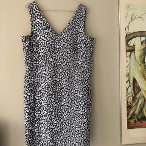 Oliver Bonas kjole