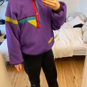 Polar sweater