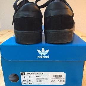 New Adidas sneakers/ Court-vantage black  Size:40 Material: Suede Leather    Bought them 1,5 months ago at Streetmachine, Copenhagen,  I wore them only once. The original price: 700 DKK