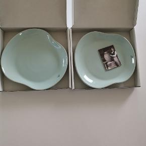 Helt nye Kähler Mano tallerkner i turkis Ø22 cm Aldrig brugt, bare stået i skabet