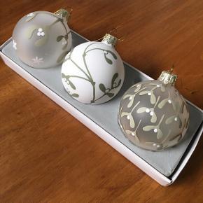 3 stk. julekugler design Jette Frølich for Royal Copenhagen. I original æske.