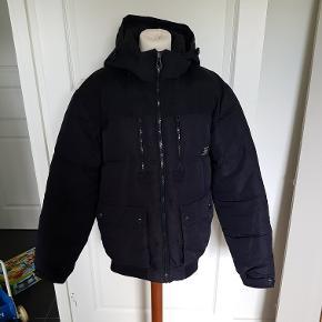 Jack & Jones jakke sælges