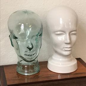 Keramikhoved fra West. Germany ca. 31 cm høj. 😊 Glashoved ca 29 cm høj.😊 Prisen er pr. stk✅